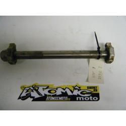 Axe de roue arrière KTM EXC 00/19