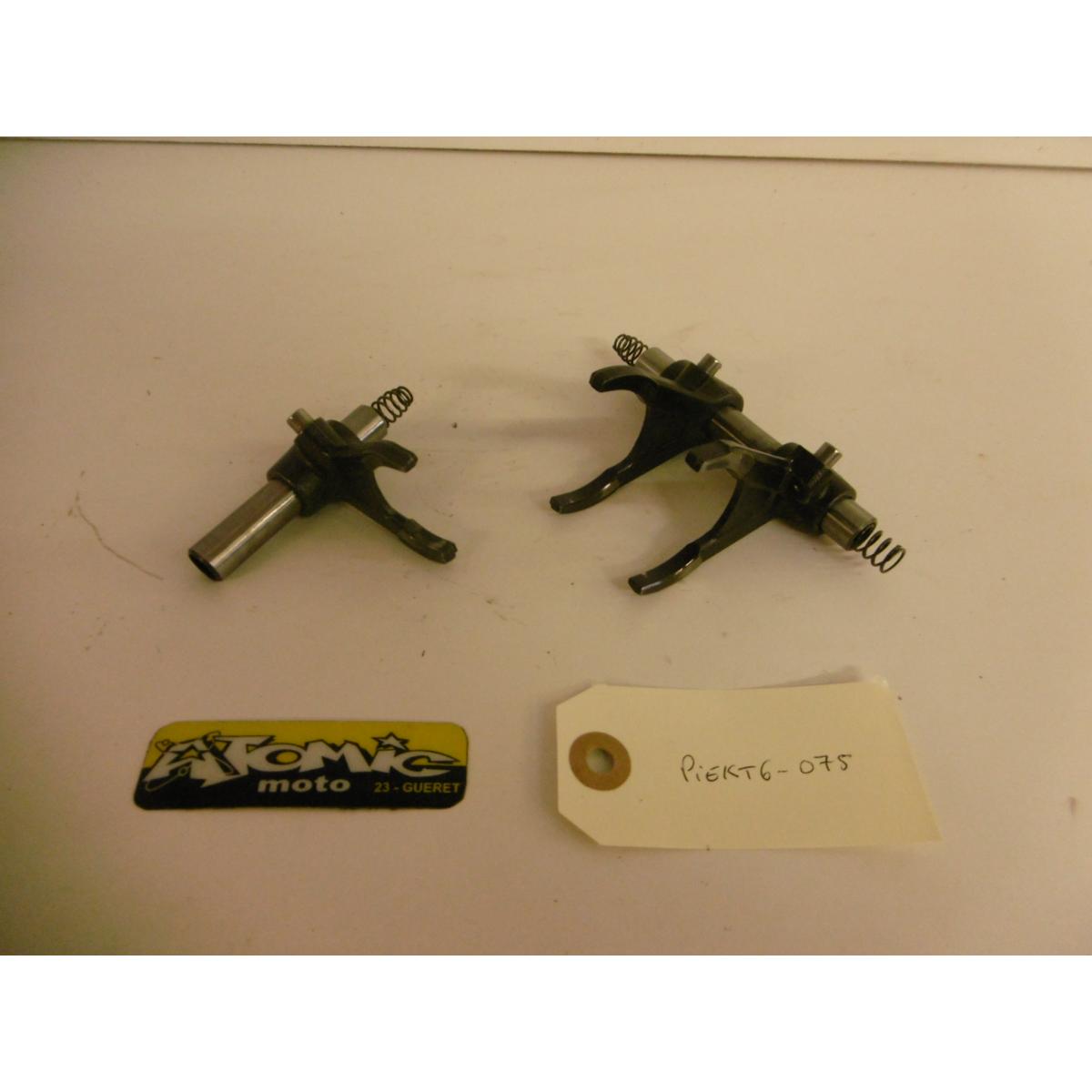 Axe et fourchette de boîte KTM 250 SX-F 2011